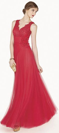 Sale $111.59-Charming Scalloped V Neck Tulle Red Long Prom Dress.  http://www.ucenterdress.com/scalloped-v-neck-a-line-tulle-long-prom-dress-with-empire-floral-waist-pMK_301359.html.  Free Shipping & Free Custom Made! Buy cheap prom dresses, party dresses