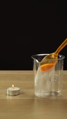 """Candle extinguisher from vinegar and baking soda. For cool an safe experiments t. - Candle extinguisher from vinegar and baking soda. For cool an safe experiments to do at home tap """"Visit"""" :) science for kids Chemistry Classroom, Teaching Chemistry, Chemistry Lessons, Science Lessons, Science For Kids, Summer Science, Science Fun, Weather Science, High School Chemistry"""