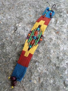 Needle Weaving Bracelet. Pin Weaving, Navajo Weaving, Weaving Yarn, Tapestry Weaving, Fiber Art Jewelry, Textile Jewelry, Fabric Jewelry, Bracelet Crafts, Jewelry Crafts
