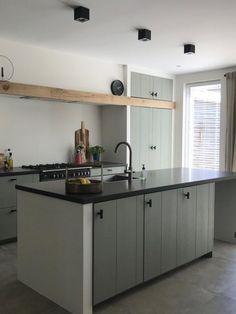 Kitchen On A Budget, Kitchen Reno, New Kitchen, Kitchen Remodel, Kitchen Design, Grey Kitchens, Home Kitchens, Functional Kitchen, Kitchen Themes
