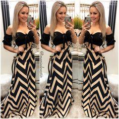 Novidades ✨✨ Compre online: 👇🏼 www.maniadevestir.net.br Duvidas loja centro: (49) 98839-4429 Duvidas loja Efapi e SITE: (49) 98819-5646 Duvidas loja Xanxerê: (49) 98817-1990 Duvidas loja Concórdia: (49) 98866-1225 Summer Outfits Women, Hot Outfits, Skirt Outfits, Dress Skirt, Elegant Summer Dresses, Cute Dresses, Looks Chic, Casual Looks, African Dress