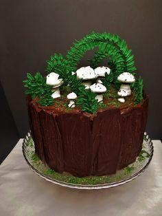 Julias Torten und Törtchen: Forest themed cake - Nougat Torte