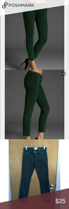 """Current Elliott Harvest Stiletto Jeans 24 / 0 Current Elliott Harvest Stiletto jeans in Mallard, which is a dark green.   Skinny fit. Stops at ankle - perfect for petites! Not a lot of stretch.  Good preloved condition. Wash wear. Material content tag cut off.   Approx measurements: Waist: 13"""" Rise: 7"""" Inseam: 25.5"""" Current/Elliott Jeans Skinny"""