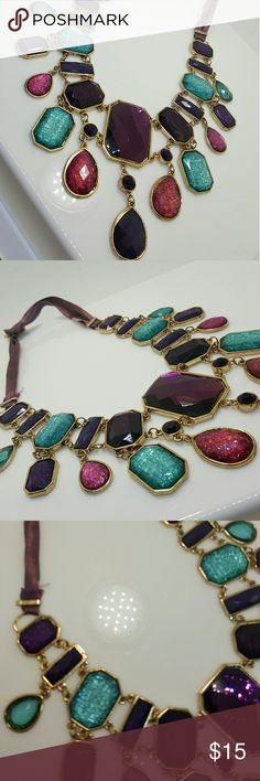 Statement necklace J-219 Statement necklace Jewelry Necklaces
