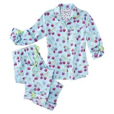 Nick & Nora® Womens Three Quarter Sleeve Coat Pajama Set.....but are they flannel or lightweight cotton?