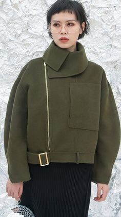 98c5d14e9824 Cool Army Green Zip Detail Long Sleeve Cropped Jacket. Dale · Cool Clothes