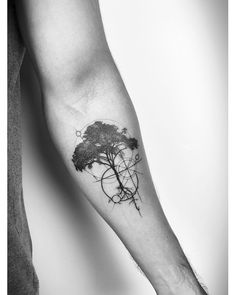 65 Male Tattoos for Inspiration- You can look for inspiratio.- 65 Male Tattoos for Inspiration- You can look for inspiration from nature for yo… 65 Male Tattoos for Inspiration- You can look for inspiration from nature for your arm tattoo - - Forearm Tattoos, Finger Tattoos, Body Art Tattoos, Sleeve Tattoos, Tattoos Masculinas, Male Arm Tattoos, Arm Tattoo Men, Tatoos, Natur Tattoo Arm