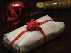 Cette année Mademoiselle Cuisine et moi vous offrons pour Noël un Calendrier de l'Avent de cadeaux gourmands. Chaque jour une nouvelle recette à préparer pour l'offrir à vos proches. 23 décembre: Le pain d'épices à servir avec du foie gras