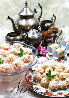 Moroccan coconut cookies - Maroc Désert Expérience tours http://www.marocdesertexperience.com