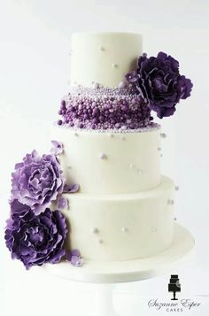 Purple poppy  -  this is so pretty... would change the colors to  burgundy and pink on an ivory background for my wedding.