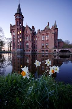 Kasteel Den Berghe - a B just outside of Bruges, Belgium