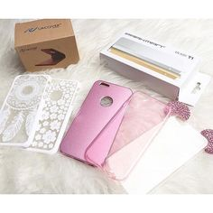 Danke für das tolle Bild an @esrabeautx  Thank you for this lovely pic @esrabeautx   #Urcover #mickeymouse #bling #iphone #case #feather #flowers #powerbank #smartphone #white #pink
