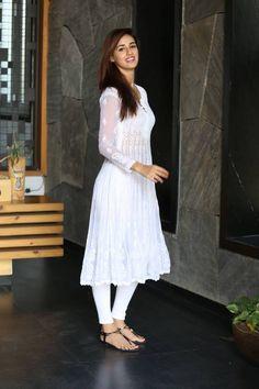 Bollywood' actor, model disha patani dishy in white churidar kameez / anarkali suit on via White Churidar, White Anarkali, White Salwar Suit, Pakistani Dresses, Indian Dresses, Indian Outfits, Punjabi Dress, Salwar Designs, Casual Dresses