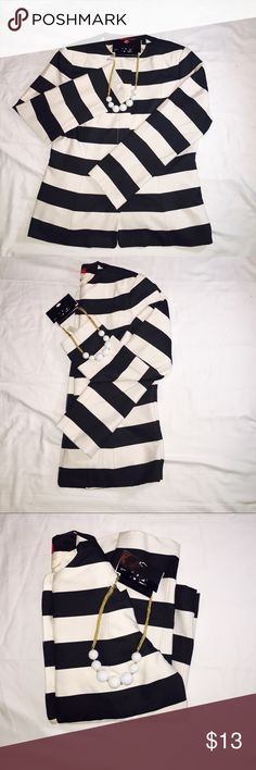 Anne Klein stripes long sleeve Anne Klein stripes long sleeve have a small stain last picture Anne Klein Tops