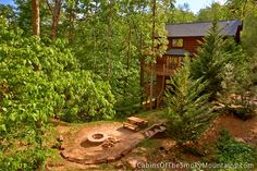 Pigeon Forge Cabin - S'more Fun - 3 Bedroom - Sleeps 15 - Jacuzzi - Bunk Beds - Fire Pit - Home Theater