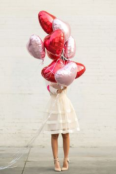 Awesome 40 Elegant Outfit for Valentine day photoshoot women 40 Elegant Outfit for Valentine Valentines Day Cookies, Valentines Day Photos, My Funny Valentine, Valentines Day Party, Aesthetic Couple, Heart Sweater, Heart Balloons, Valentine's Day Outfit, Elegant Outfit