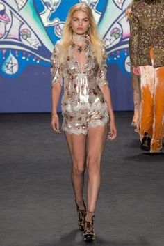 Anna Sui Spring 2015 Ready-to-Wear Fashion Show: Complete Collection - Style.com