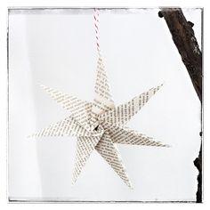 Stern aus alten Buchseiten