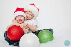 Family | Studio | Children | Christmas | Marcie Costello Photography www.marciephoto.ca
