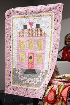 Daisy Cottage by Lori Holt of Bee in my Bonnet Home Sweet Home pattern