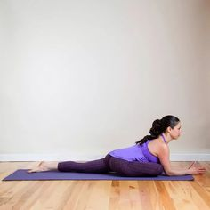 Pigeon Pose is the ultimate hip opener. Stick with it, even if it feels tough: After Half Moon Pose, come back to Downward Facing Dog. From Downward Facing Dog, step both feet together and bring your right knee forward between your hands so your outer Fitness Workouts, Sport Fitness, Hip Workout, Workout Tips, Workout Exercises, Yoga Sequence For Beginners, Basic Yoga Poses, Workout For Beginners, Yoga Tips