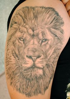 Lion Head Side View Tattoo Lion head by natetheknife Lion Arm Tattoo, Lion Head Tattoos, Lion Tattoo Design, Side Tattoos, Tattoo Designs, Tattoo Ideas, Photo Wallpaper, Shoulder Tattoo, Picture Design