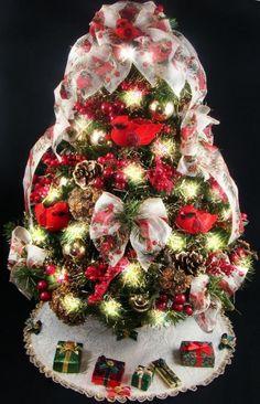decorated mini tabletop christmas tree cardinal theme 20 inches 50 clear mini lights - Mini Christmas Tree Decorations