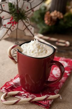 Peppermint Latte...a true sign that Christmas is coming ;)