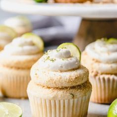 Take a tropical vacation with these delicious and moist Key Lime Cupcakes topped with a key lime buttercream frosting and graham cracker crumbs! Key Lime Cupcakes, Fun Cupcakes, Sugar Cookie Frosting, Soft Sugar Cookies, Cupcake Recipes, Cupcake Cakes, Dessert Recipes, Cupcake Ideas, Bundt Cakes
