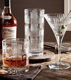 beautiful plaid glassware http://rstyle.me/n/uapsapdpe