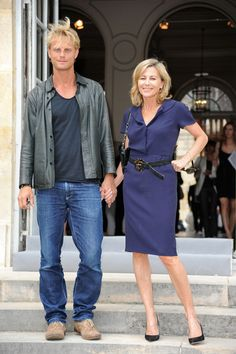 Claire Chazal and Arnaud Lemaire Photos Photos - Arnaud Lemaire (L) and Claire Chazal attend the Dior show as part of Paris Fashion Week Fall/ Winter 2011 at Musee Rodin on July 5, 2010 in Paris, France. - Christian Dior - Outside Arrivals - PFW Haute Couture F/W 2011