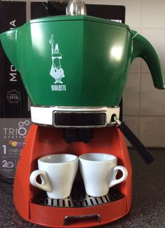 Bialetti Espresso Maker- bought in Italy 2014 :) Espresso Coffee Machine, Cappuccino Machine, Espresso Maker, Coffe Machine, Cappuccino Coffee, Coffee Bar Home, Coffee Blog, Coffee Cafe, Bialetti Espresso