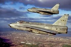 Lightnings 'BH' & 'BC' air-to-air photo by Ian Black Military Jets, Military Aircraft, Air Photo, Royal Air Force, War Machine, Lightning, Fighter Jets, Aeroplanes, Hunting