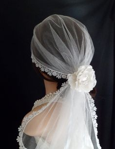 Juliet cap or Mantilla veil, Wear it in five different ways, Ivory Silk tulle with lace edge.