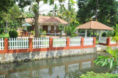 Coconut creek kerala heritage homestay received national tourism award for best bed and breakfast in India and kerala state tourism award for best homestays in kerala for TWO times.