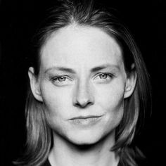 Jodie Foster (b multi-award winning American actress, film director and producer. Divas, First Ladies, Celebrity Portraits, Black And White Portraits, Portrait Inspiration, Film Director, Hollywood Stars, Famous Faces, Woman Face