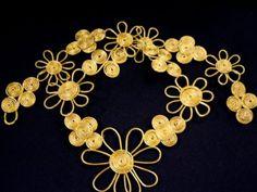 Made of capim dourado.