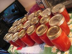 canning tomatoes with these step by step easy instructions 3