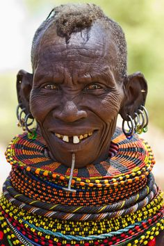 Very good almighty Allah destroy jinn evil spirits viruses diseases bacteria for eternity. Tribes Of The World, We Are The World, People Around The World, African Tribes, African Art, Old Faces, Tribal People, African Culture, East Africa