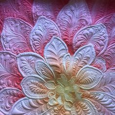 """202 Likes, 29 Comments - Kelly's Quilting (@kellyashtonquilts) on Instagram: """"I may be overdoing it with the flower but I have several more to quilt. Changed up the quilting a…"""""""