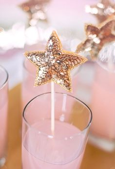 Sparkly DIY | Pink and gold sequin drink stirrers.