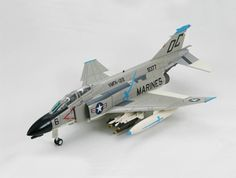 Hobbymaster 1:72 McDonnell Douglas F-4B Diecast Model Airplane HA1967 McDonnell Douglas F-4B Phantom II VMFA-122 Danang Air Base (US Marines 1968) Diecast Model Airplane. It is made by Hobbymaster and is 1:72 scale (approx. 16cm / 6.3in wingspan). The F-4 Phantom II first entered US Military service in 1960. It was designed as a fleet defense fighter for the US Navy but by 1963 it was adopted as the US Air Force primary fighter-bomber. Despite the size and weight of this Cold War icon the…