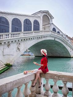 Saw the typical Venice? Want to see something more? Let's dive into secret locations in Venice! Venice Travel, Italy Travel, Venice Photography, Travel Photography, Travel Pictures, Travel Photos, Foto Instagram, Instagram Posts, Italy Vacation