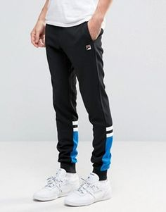 Buy Fila Vintage Skinny Joggers at ASOS. Get the latest trends with ASOS now. Track Pants Mens, Mens Jogger Pants, Track Suit Men, Jogger Shorts, Sport Pants, Sweatpants Outfit, Mens Sweatpants, Fila Vintage, Skinny Joggers