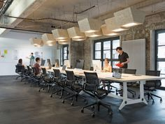 Image 20 of 27 from gallery of New Soundcloud Headquarters / KINZO Berlin. Photograph by Werner Huthmacher Best Office, Open Office, Cool Office, Front Office, Workspace Inspiration, Interior Design Inspiration, Design Ideas, Commercial Design, Commercial Interiors