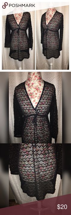 NWOT BOHO STYLE ZIP MESH SWEATER SZ LG This beautiful BoHo style mesh sweater is perfect over any plows top or another sweater it is 19 inches across the chest and 32 inches from the shoulders with beautiful detail! Sweaters V-Necks