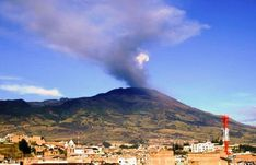 GALERAS VOLCANO IN FULL ERUPTION AGAINST THE CITY OF PASTO COLOMBIA http://www.chispaisas.info/galeras.htm