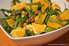 Smaczny kąsek: Sałatka z rukoli z pomarańczą i pistacjami w miodowym sosie