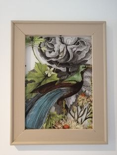 Wall decoration in photo frame. Painted with Annie Sloan Chalkpaint Country Grey, IOD transfer