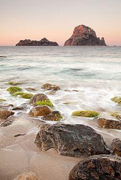 Cala D'hort Islands